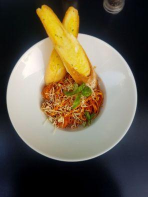 Garlic and chili linguini