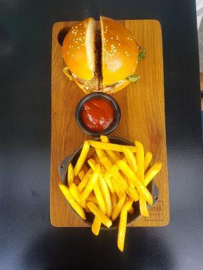 Jones wagyu burger